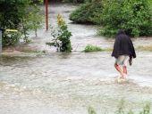 Közép-Európában árvíz, a Finn-öbölben kánikula tombol