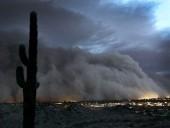 Homokvihar nyelte el Phoenixet - videó